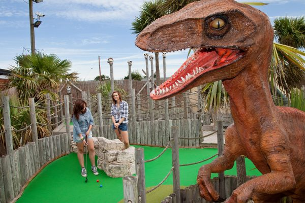 When looking for things to do on the Norfolk and Suffolk coast, consider Lost World Adventure Golf. Just a few minutes' walk from Hemsby Beach Holiday Park, this is a great option.
