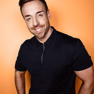 Look Who's Coming to Hemsby Beach Holiday Park in 2018 – Stevi Ritchie!