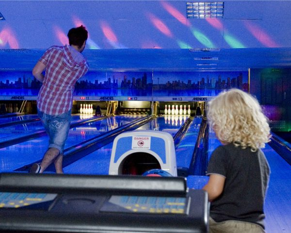 When looking for bowling in Norfolk and Suffolk, why not try the glow bowling experience at Richardson's Family Entertainment Centre?
