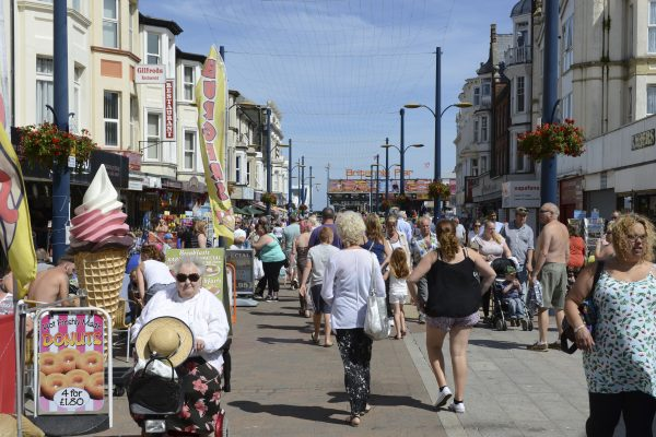 Why not go shopping in Great Yarmouth with the family?