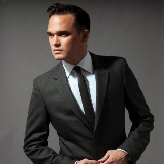Look Who's Coming to Hemsby Beach Holiday Park in 2018 – Gareth Gates!