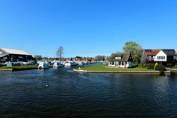The most beautiful spots in Norfolk include the pretty Broadside village of Horning.