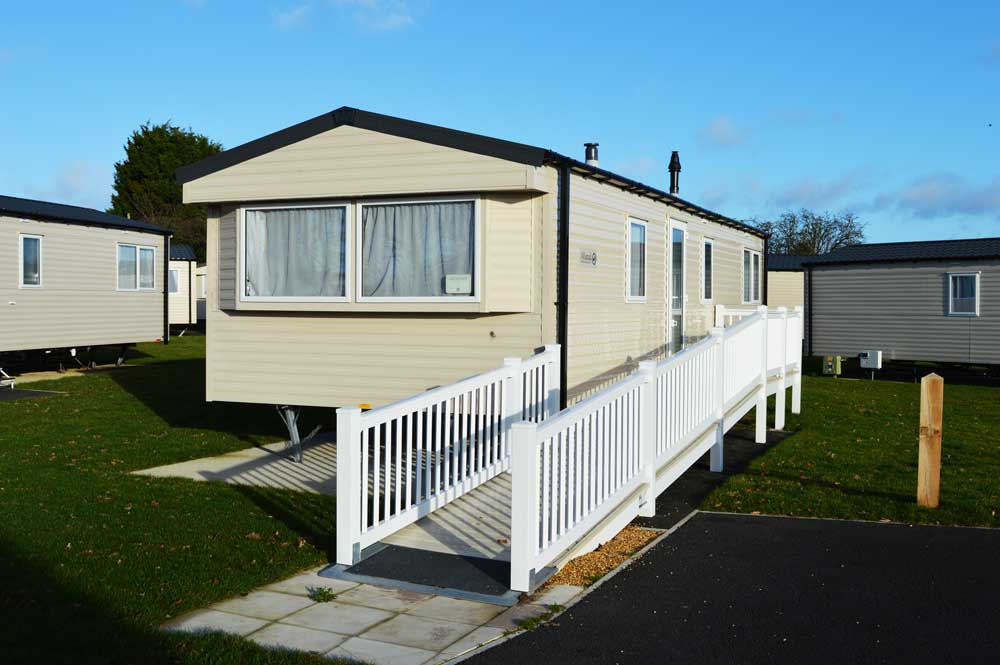 Silver Plus 2 Caravan (Ramp Access)